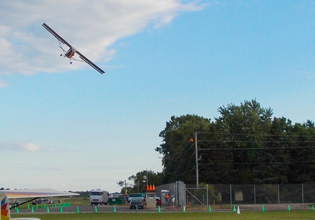 Ridiculous turn to final at #Osh13