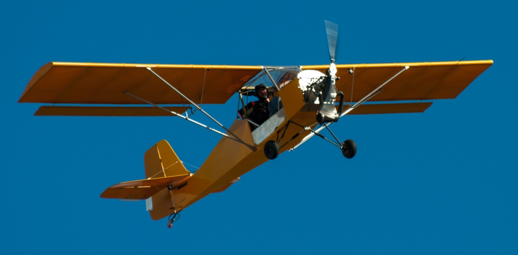A climbing sequence for a Belite Aircraft ultralight.
