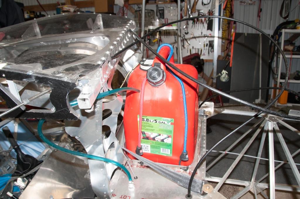 Fuel tank in a wrecked Belite ultralight airplane