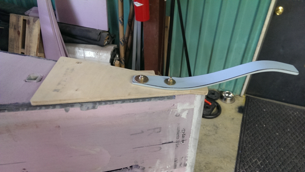tailspring gluing preparation 4